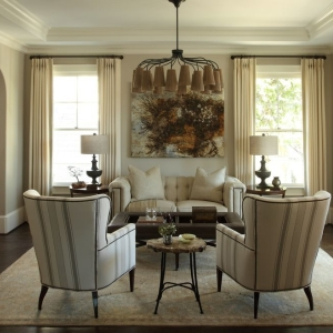 HickoryChair living rrom (600x600)