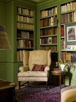 Library 12c (Timothy Corrigan)
